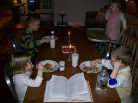 mealtime.jpg